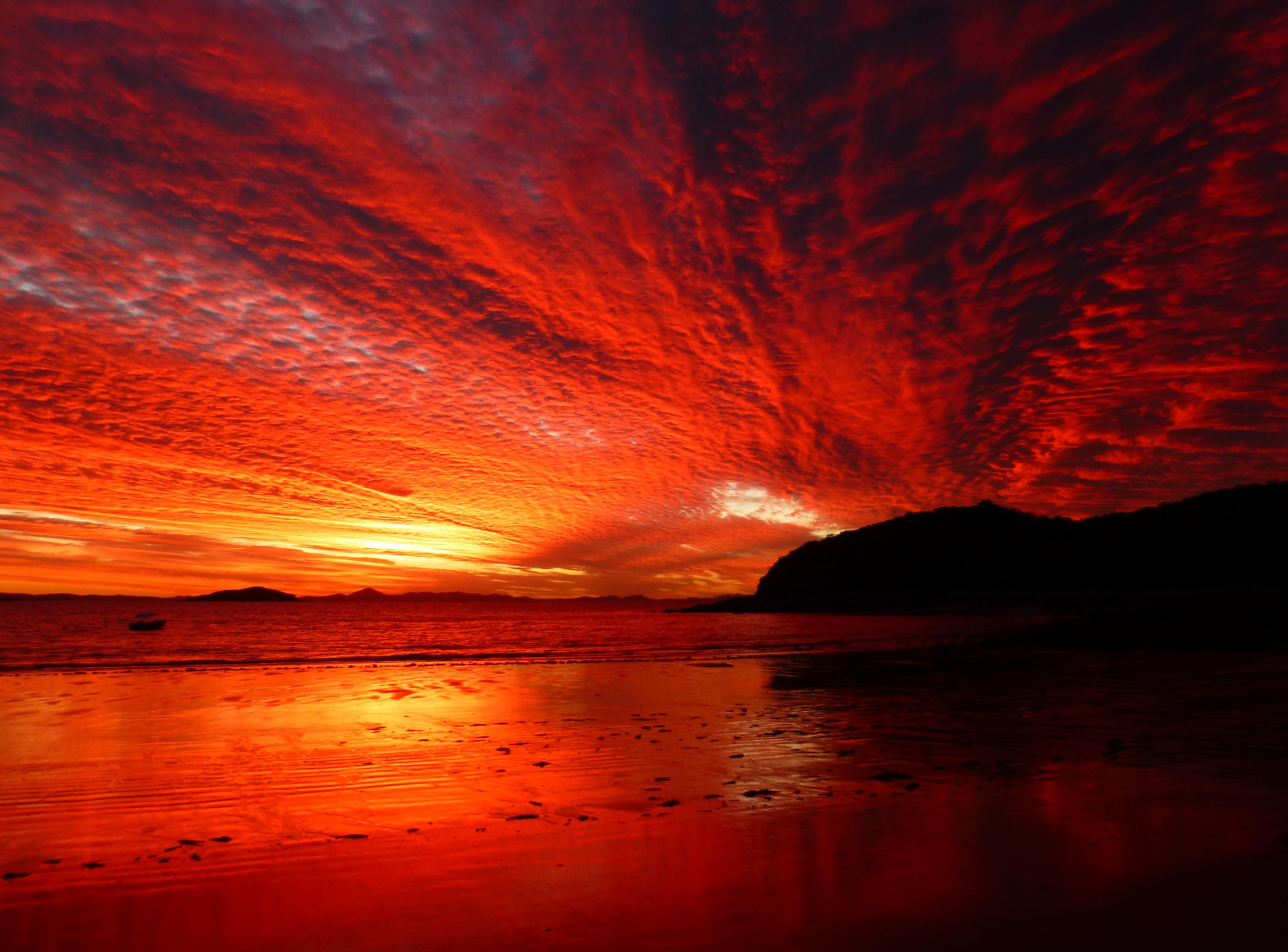 High Cloud Photo: Richard Howells CEH